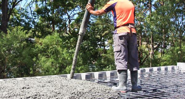 Concrete pouring thundercrete for What temperature to pour concrete outside